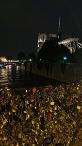 Locks love on the bridge